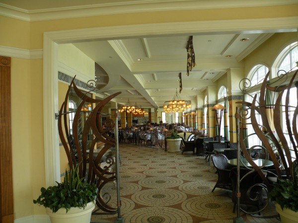 Dining at Disney's Grand Floridian Resort - Disney World Orlando